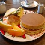 スプーンハウス『ホットケーキ(プリンとフルーツ)』『ホットケーキ(マロンと小倉)』