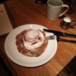 crisscross『マロンクリームパンケーキ、マロンアイスとホイップクリーム』