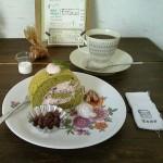 クルミ堂『抹茶あずきロールケーキ』