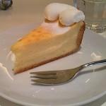 フラウラ『チーズケーキフォンデュ』『サントノレ』