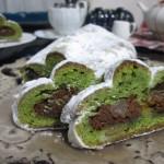 Cafe 中野屋『ピスタチオと干し柿のスペキュロス風味シュトーレン』