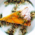 トラスパレンテ『ピスタチオと黄桃のタルト』『クリームチーズとレモンのタルト』