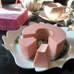 石屋製菓『さくらバウム TSUMUGI』